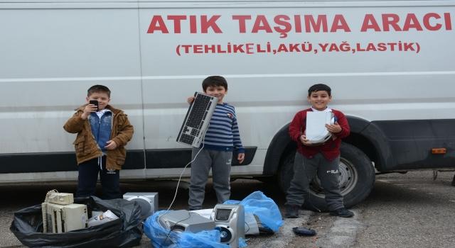 Keçiören'deki okullar elektronik atık toplamak için yarışıyor