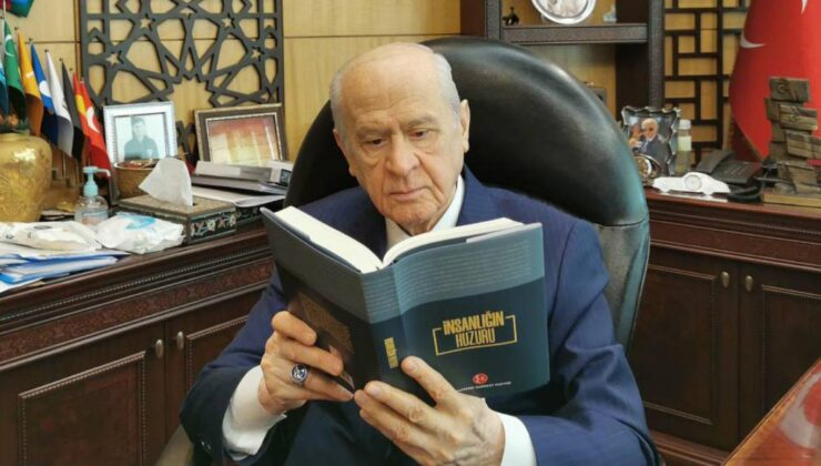 MHP'DEN 'TOPLUMSAL HUZUR'A KİTAPLI DESTEK