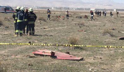 Konya'da askeri gösteri uçağı düştü: 1 şehit