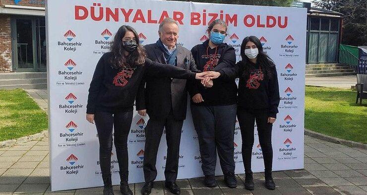 'Amerika'da okuyup Türkiye'ye hizmet edeceğiz'