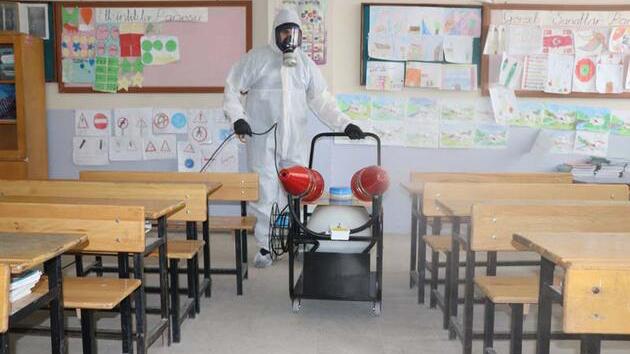 2 ayda 45 öğretmen virüse yenik düştü