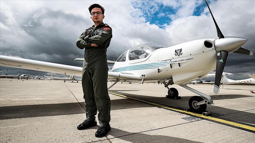 Türkiye'nin en genç pilotu hedef büyüttü