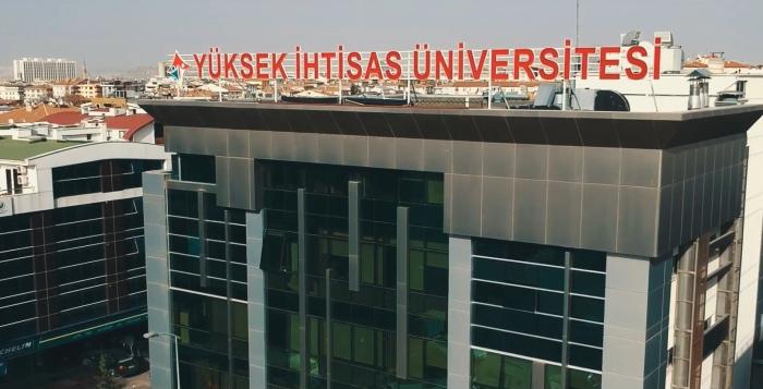 Yüksek İhtisas Üniversitesi'nde hibrit eğitim